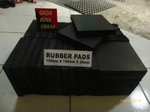 Rubber Pad 150x150x20 (1)